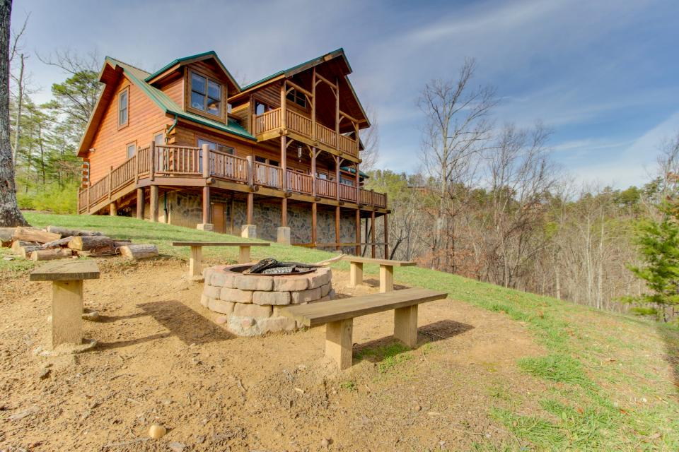 A View to a Dream  - Sevierville Vacation Rental - Photo 2
