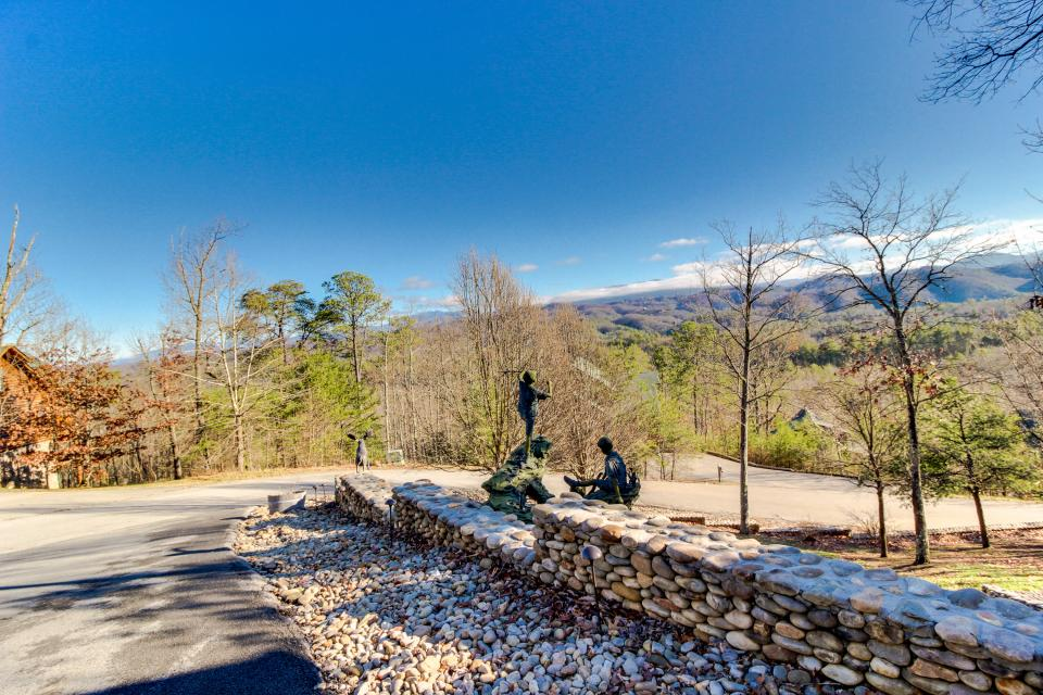 Heaven on a Hill - Sevierville Vacation Rental - Photo 55