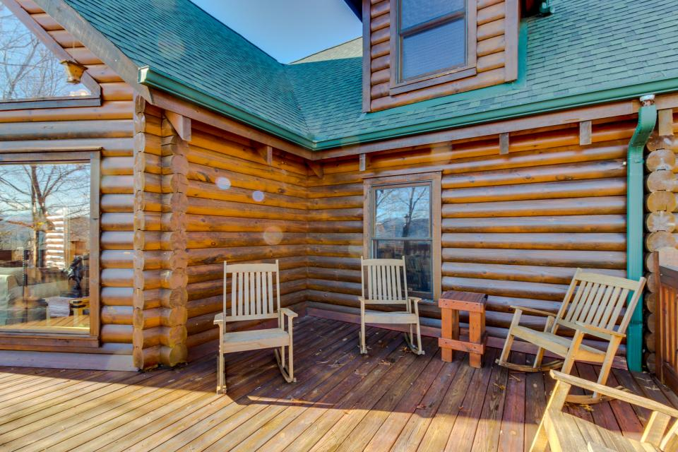 Heaven on a Hill - Sevierville Vacation Rental - Photo 46