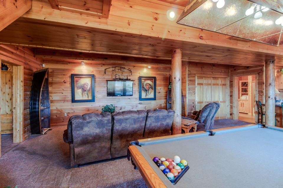 Heaven on a Hill - Sevierville Vacation Rental - Photo 39
