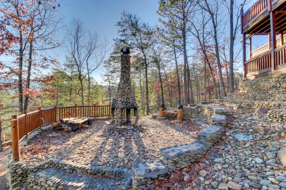 Heaven on a Hill - Sevierville Vacation Rental - Photo 47