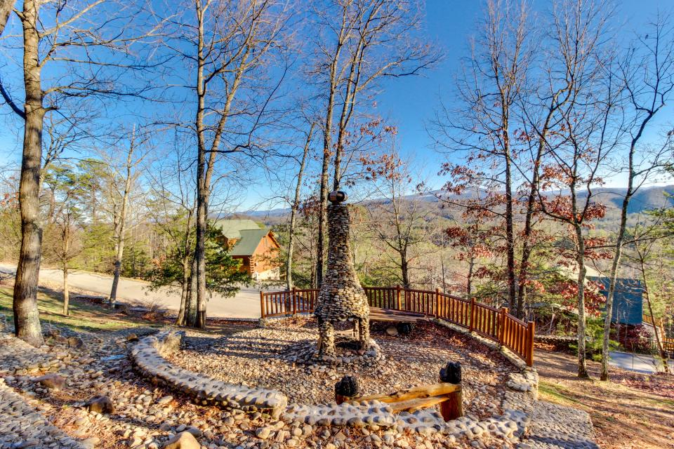 Heaven on a Hill - Sevierville Vacation Rental - Photo 4