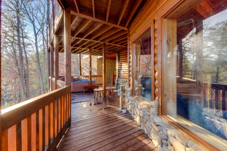 Heaven on a Hill - Sevierville Vacation Rental - Photo 48