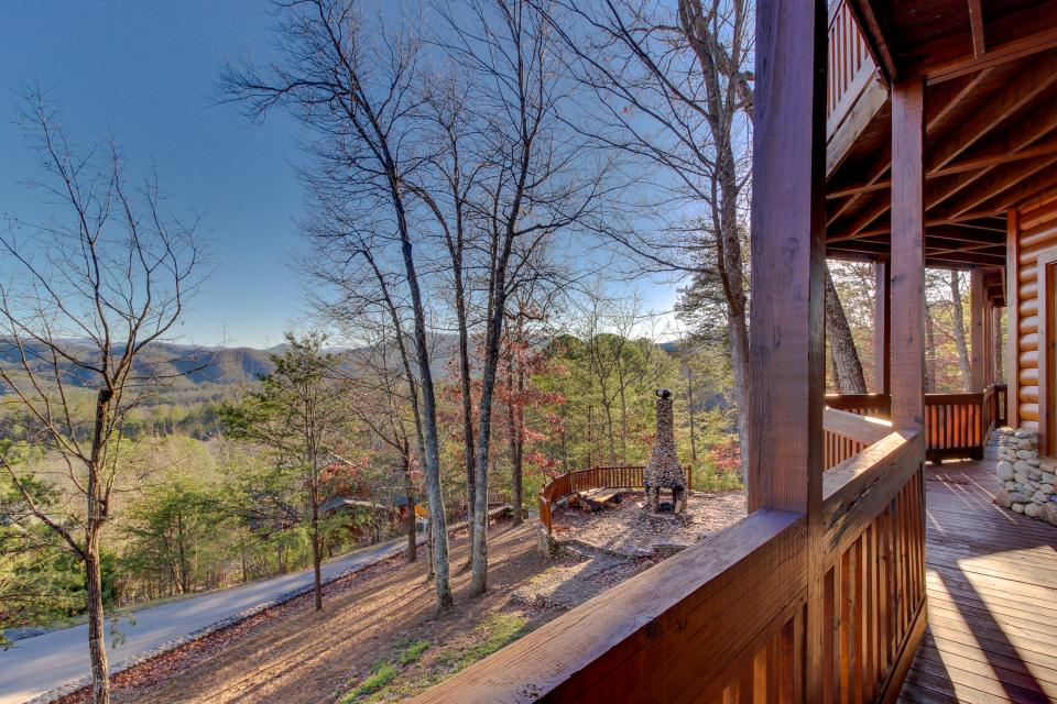 Heaven on a Hill - Sevierville Vacation Rental - Photo 45