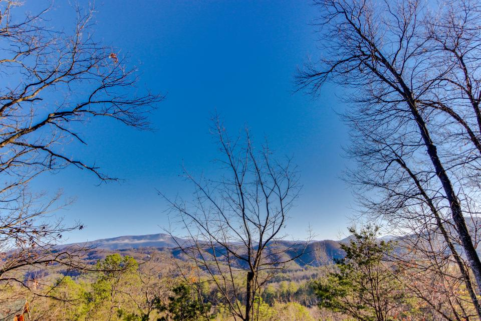 Heaven on a Hill - Sevierville Vacation Rental - Photo 51