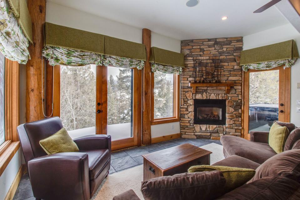... Fraser Ski House   Fraser Vacation Rental   Photo 6 ...