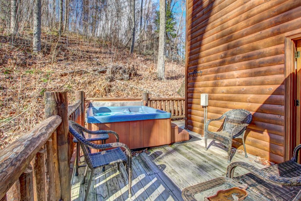 Foxfire Cove  - Sevierville Vacation Rental - Photo 15