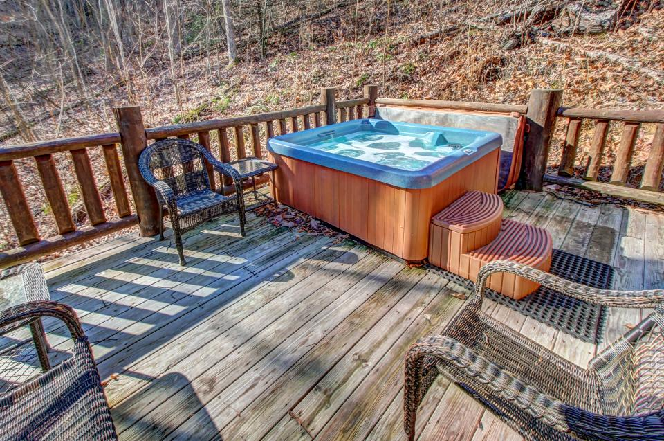 Foxfire Cove  - Sevierville Vacation Rental - Photo 35