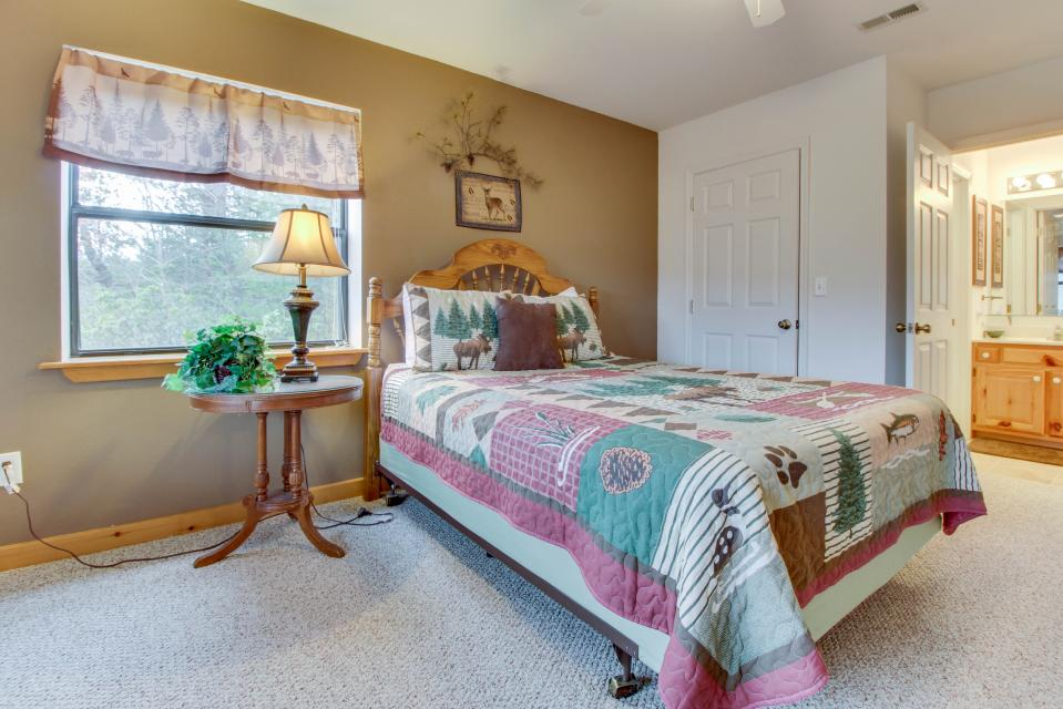 Cove Mountain Retreat - Sevierville Vacation Rental - Photo 22