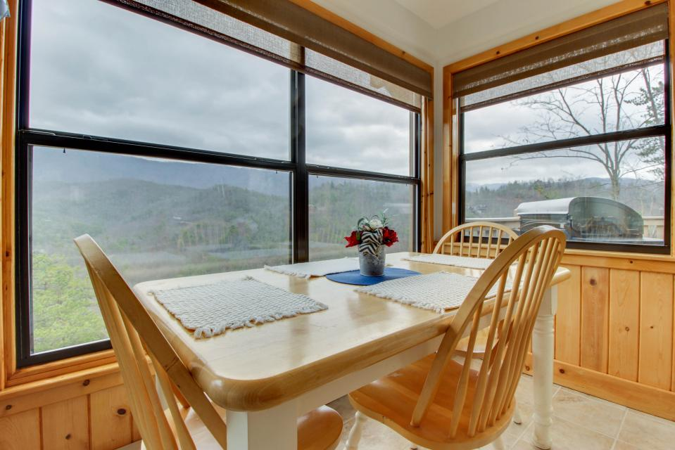 Cove Mountain Retreat - Sevierville Vacation Rental - Photo 16