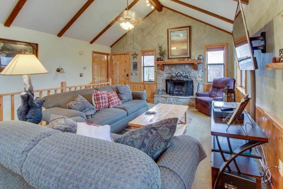 Cove Mountain Retreat - Sevierville - Take a Virtual Tour