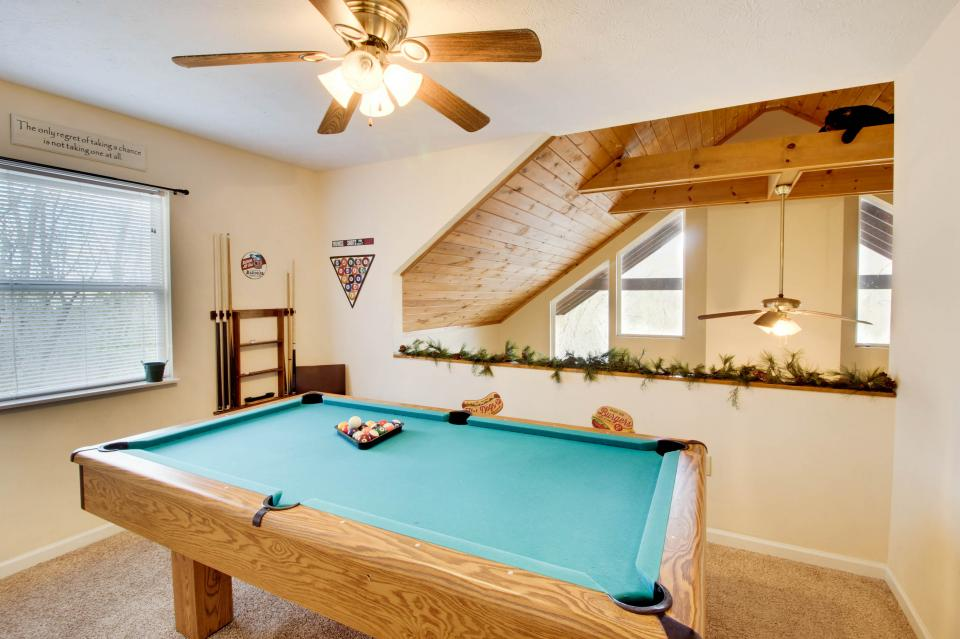 Mountain Breeze Cabin - Sevierville Vacation Rental - Photo 40