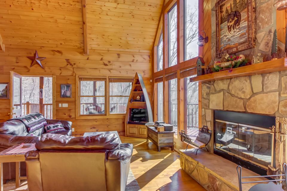 Beauty and the Beast Cabin - Sevierville Vacation Rental - Photo 2
