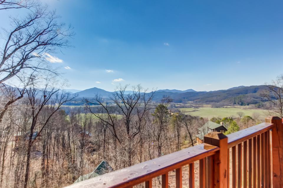 Beauty and the Beast Cabin - Sevierville Vacation Rental - Photo 30