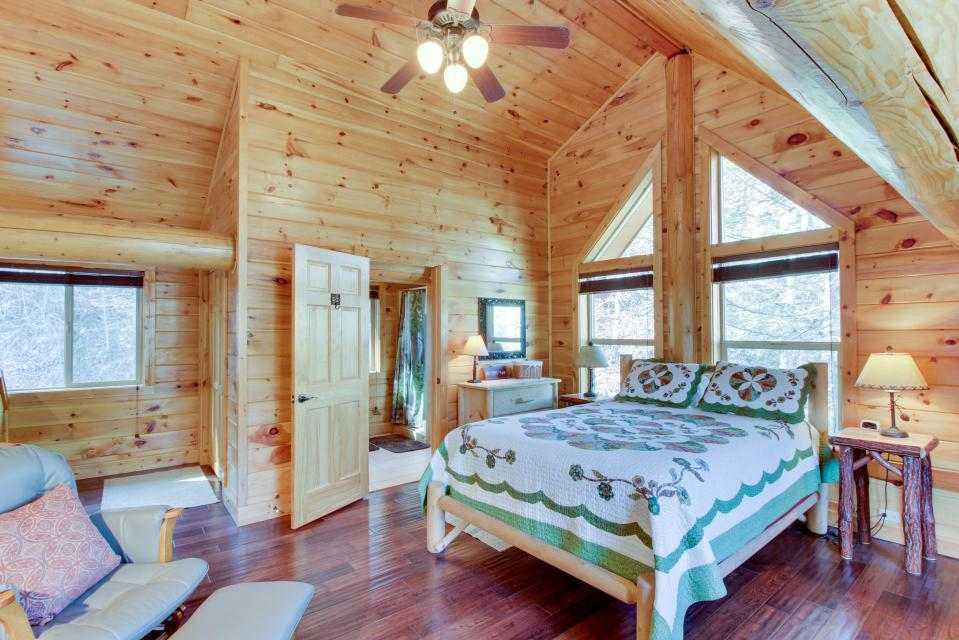 Moose Lodge - Sevierville Vacation Rental - Photo 26