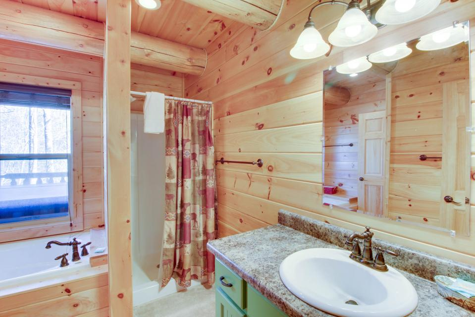 Moose Lodge - Sevierville Vacation Rental - Photo 24