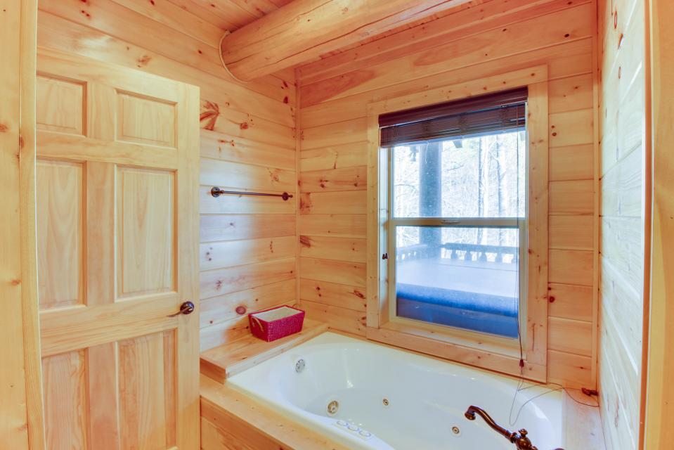Moose Lodge - Sevierville Vacation Rental - Photo 23