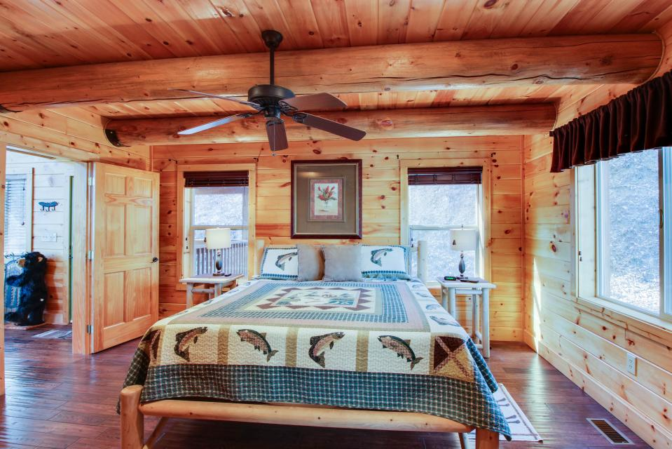 Moose Lodge - Sevierville Vacation Rental - Photo 22