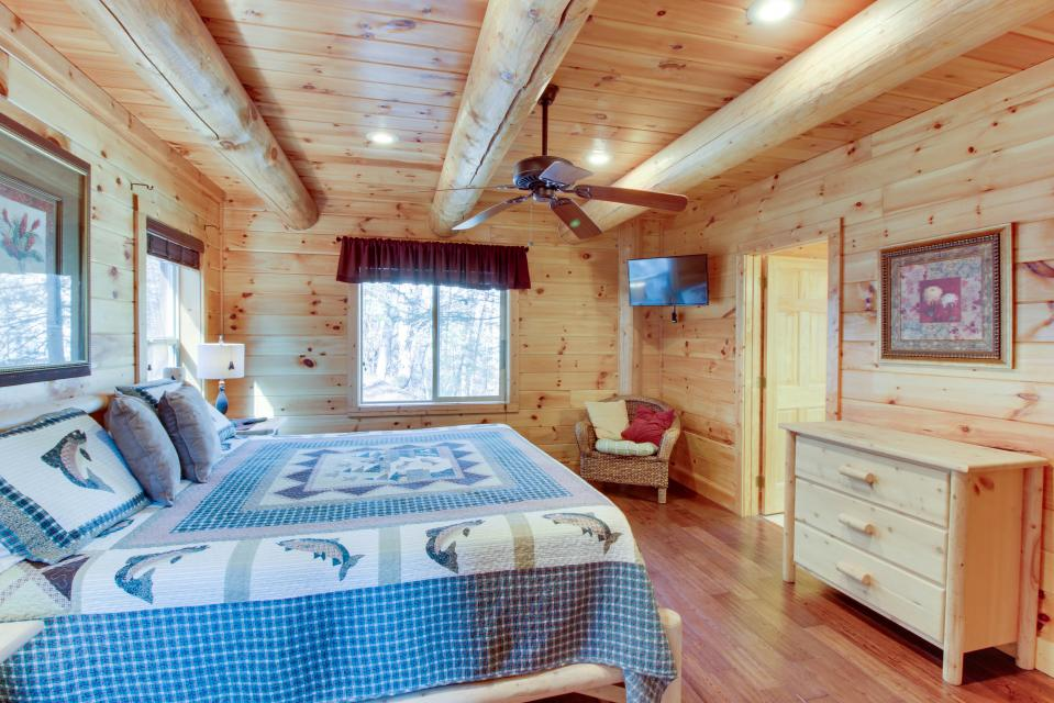 Moose Lodge - Sevierville Vacation Rental - Photo 19