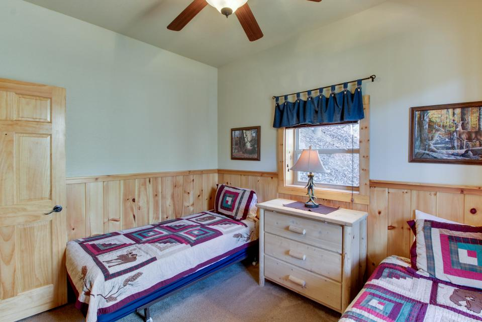 Moose Lodge - Sevierville Vacation Rental - Photo 18