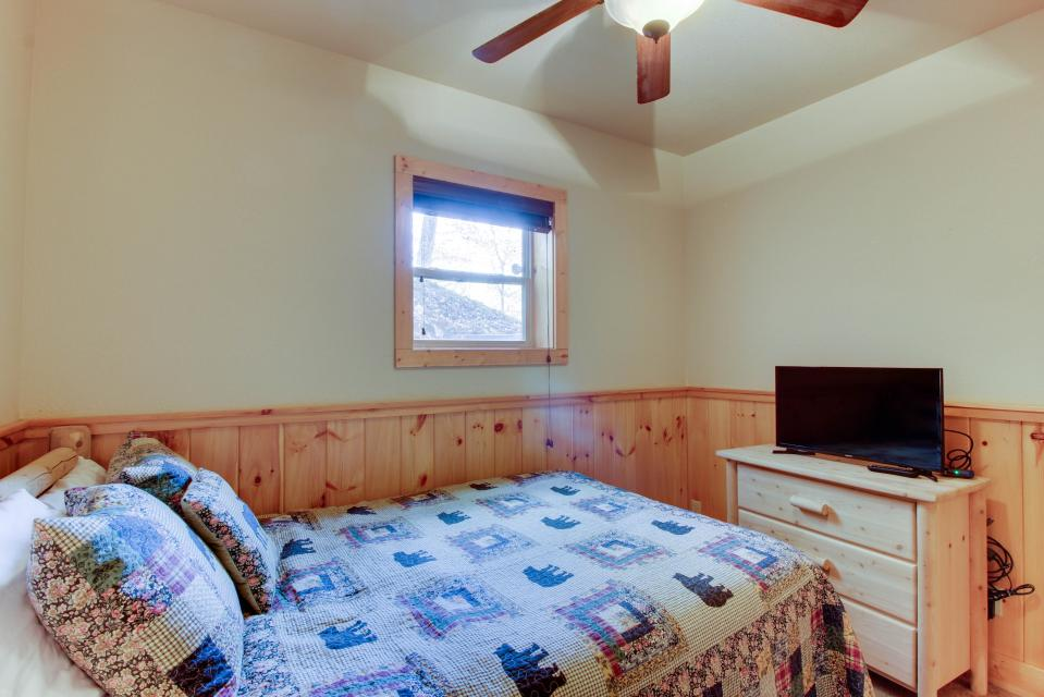 Moose Lodge - Sevierville Vacation Rental - Photo 15