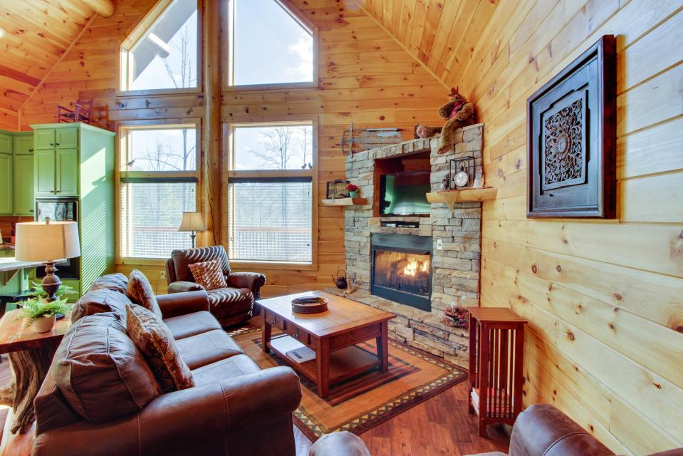 Moose Lodge - Sevierville Vacation Rental - Photo 9
