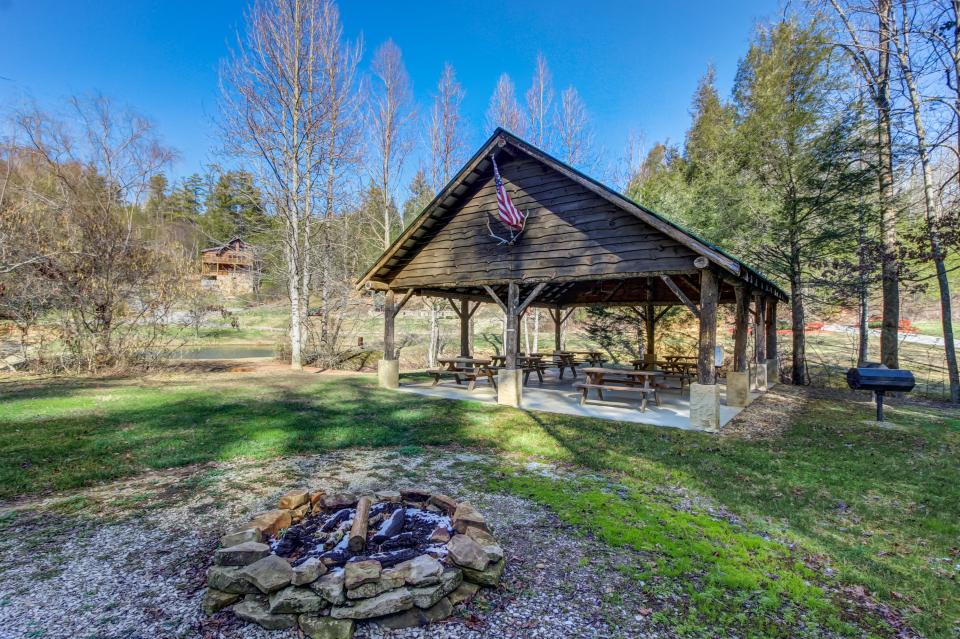 Serenity's View Cabin - Sevierville Vacation Rental - Photo 45
