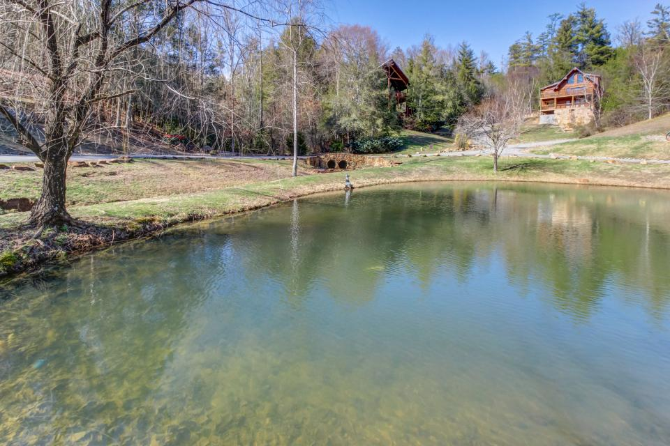 Serenity's View Cabin - Sevierville Vacation Rental - Photo 48