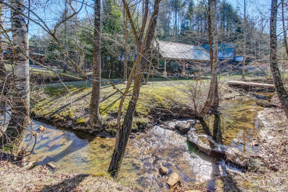 Serenity's View Cabin - Sevierville Vacation Rental - Photo 49