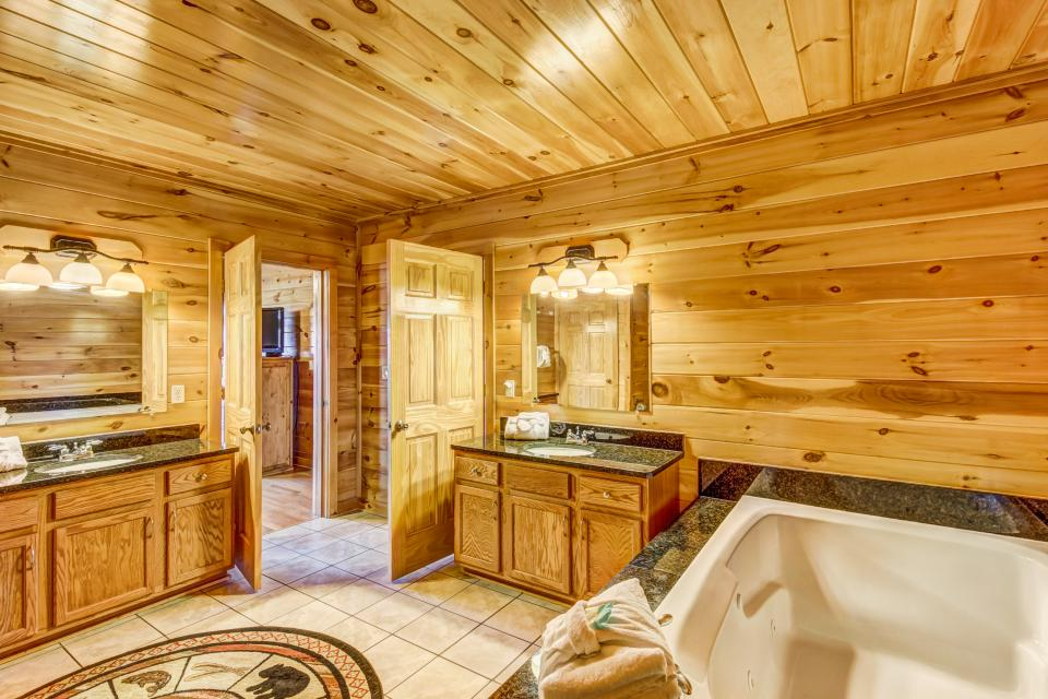 Serenity's View Cabin - Sevierville Vacation Rental - Photo 17