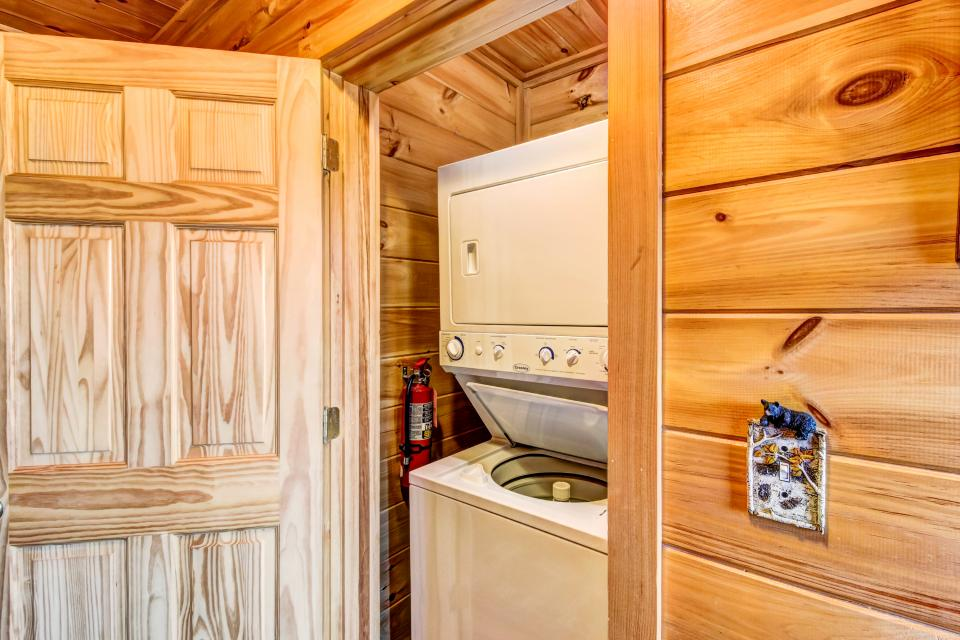 Serenity's View Cabin - Sevierville Vacation Rental - Photo 30