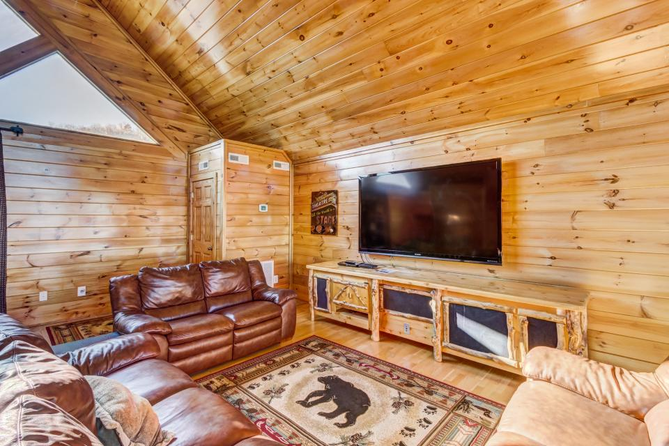 Serenity's View Cabin - Sevierville Vacation Rental - Photo 29