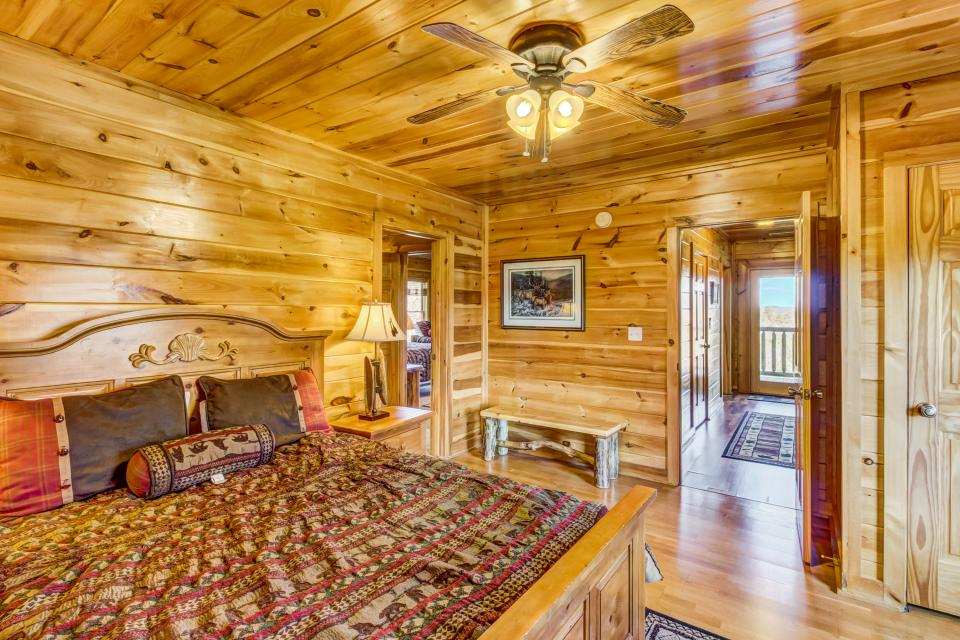 Serenity's View Cabin - Sevierville Vacation Rental - Photo 22
