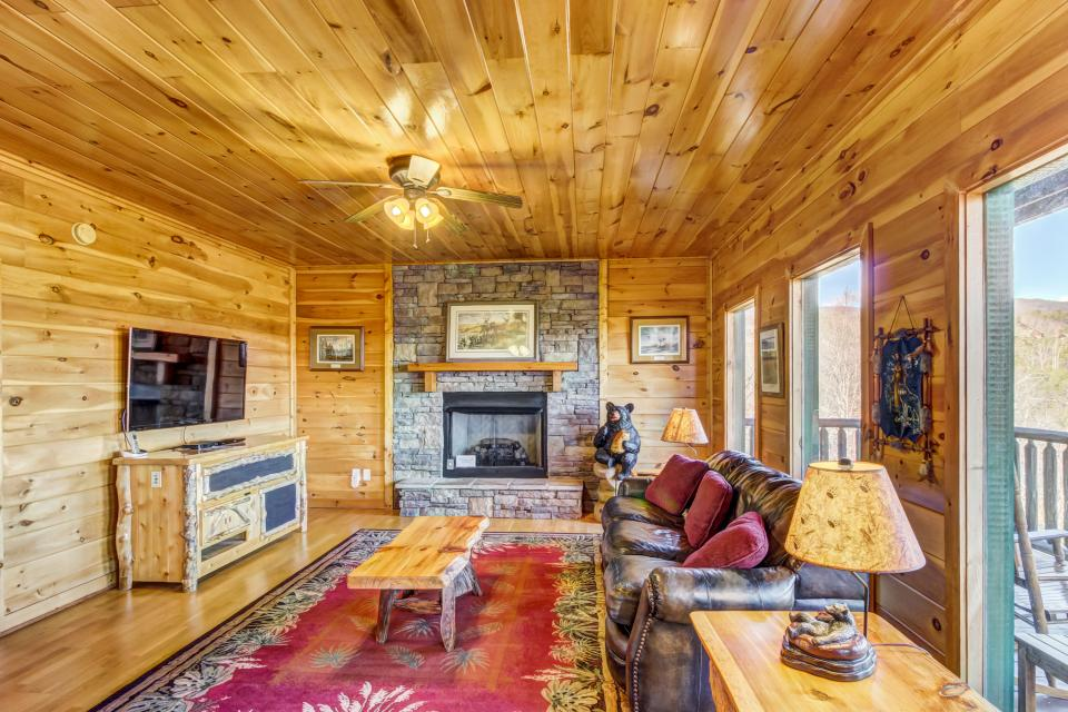 Serenity's View Cabin - Sevierville - Take a Virtual Tour