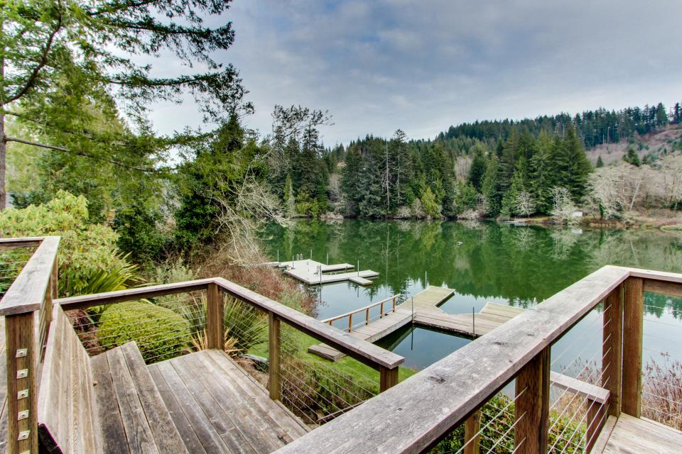 The Best Place on Mercer Lake - Florence Vacation Rental - Photo 35