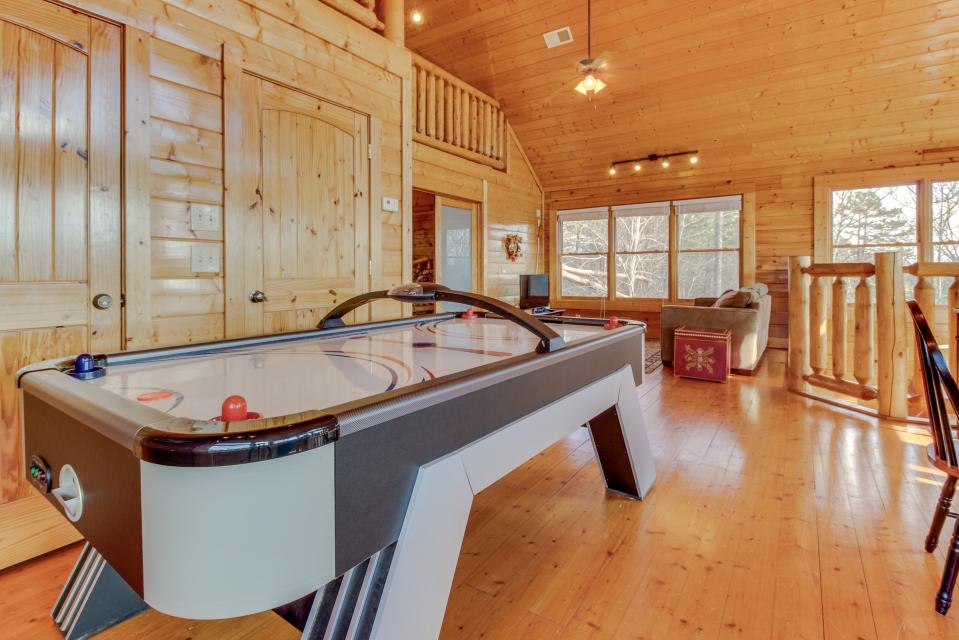 Dry Run Cabin - Sevierville Vacation Rental - Photo 6