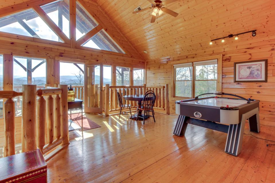 Dry Run Cabin - Sevierville Vacation Rental - Photo 28