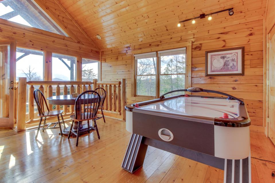 Dry Run Cabin - Sevierville Vacation Rental - Photo 29