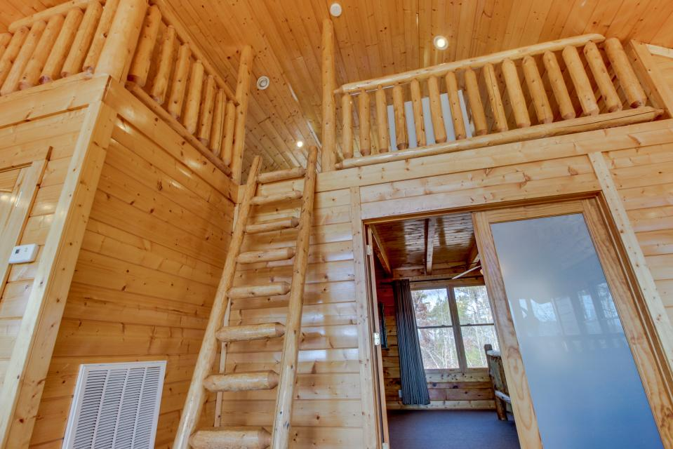 Dry Run Cabin - Sevierville Vacation Rental - Photo 25