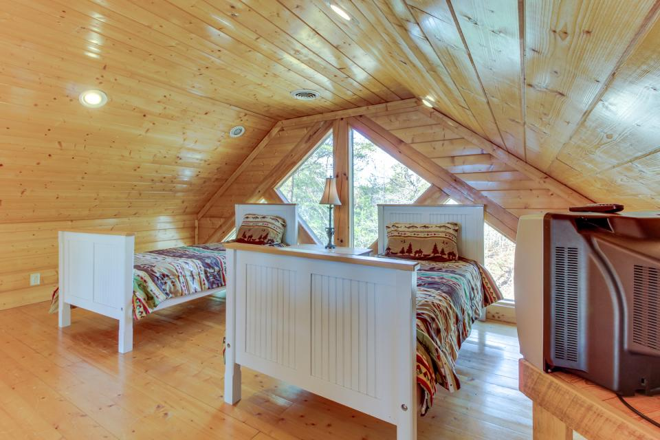 Dry Run Cabin - Sevierville Vacation Rental - Photo 33