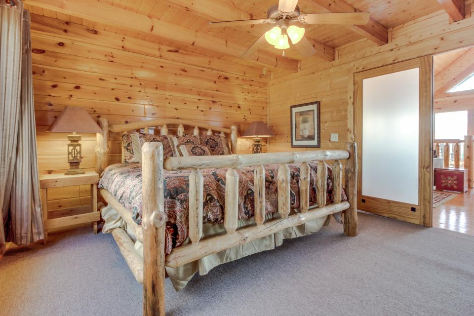 Dry Run Cabin - Sevierville Vacation Rental - Photo 21