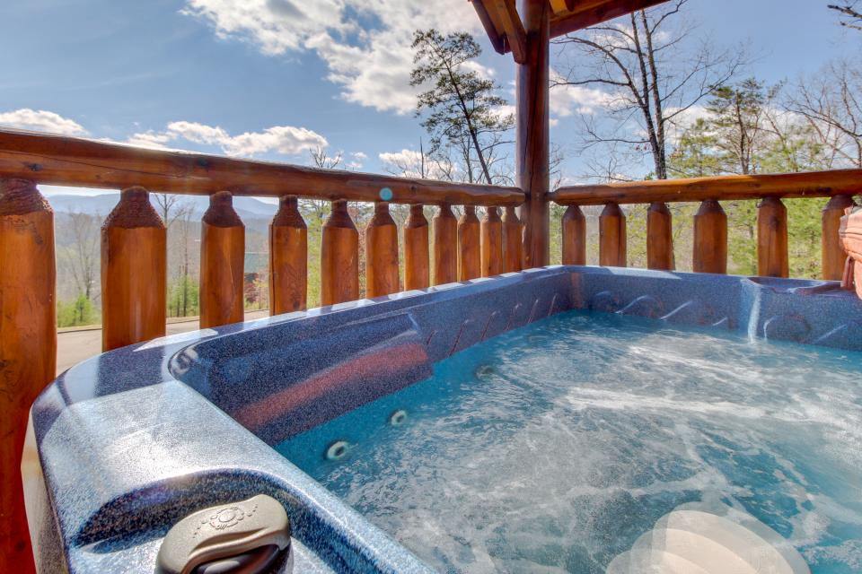 Dry Run Cabin - Sevierville Vacation Rental - Photo 37