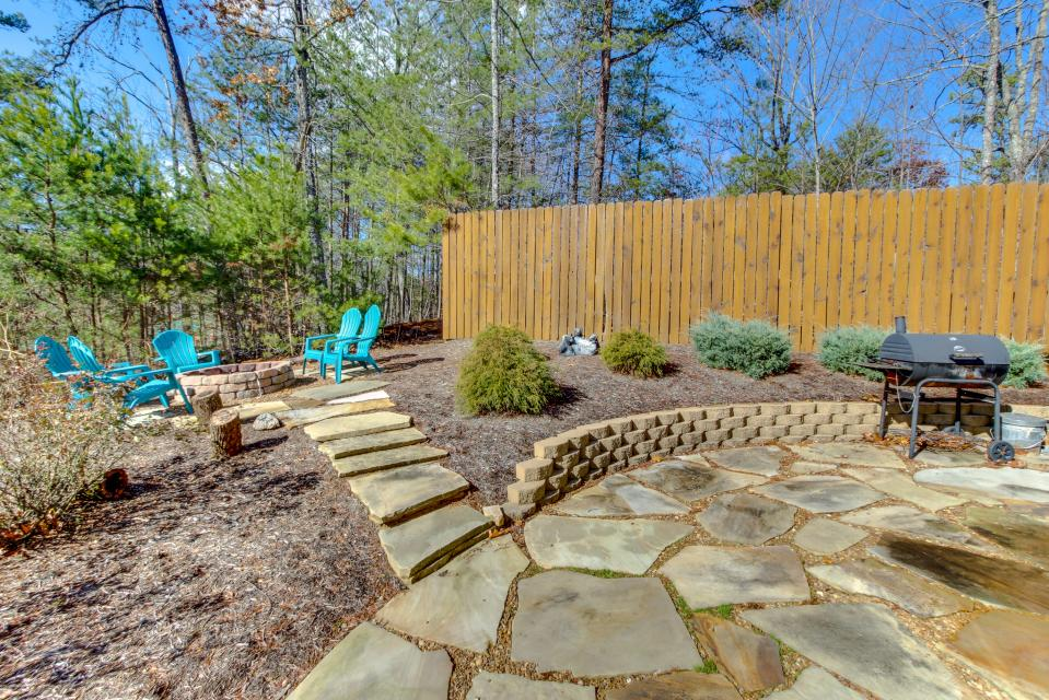 Dry Run Cabin - Sevierville Vacation Rental - Photo 38