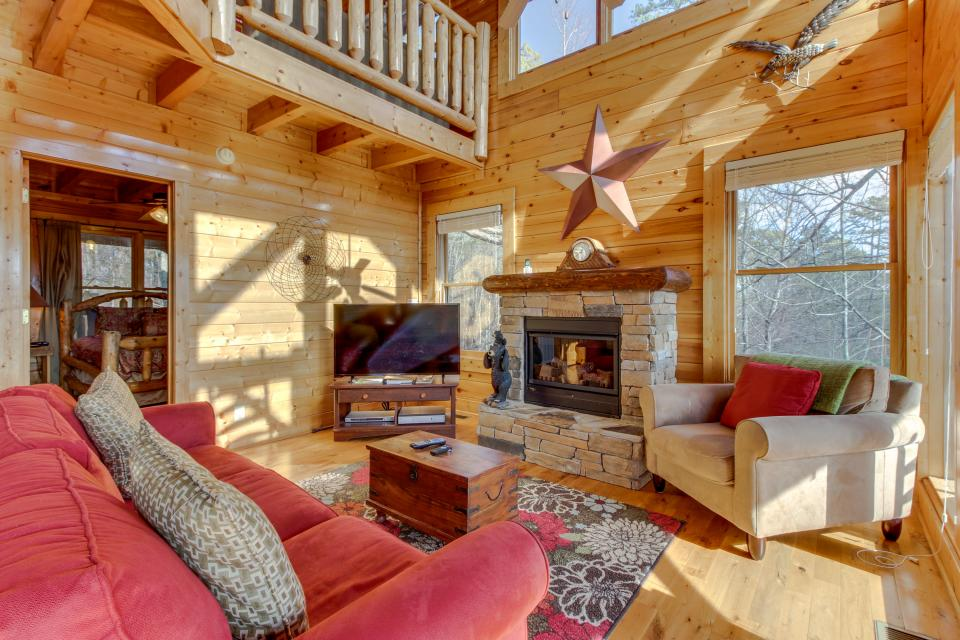 Dry Run Cabin - Sevierville Vacation Rental - Photo 10