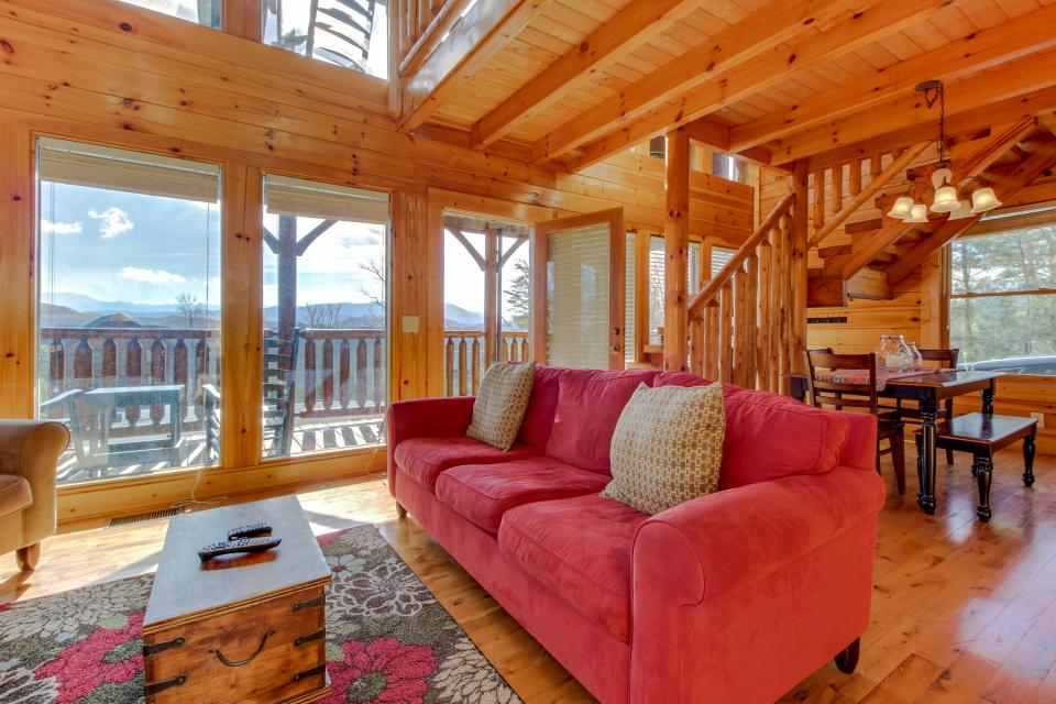 Dry Run Cabin - Sevierville Vacation Rental - Photo 4