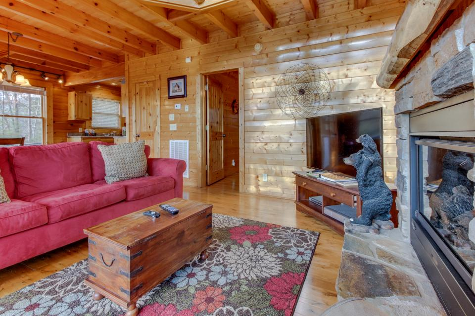Dry Run Cabin - Sevierville Vacation Rental - Photo 8