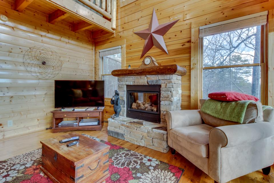 Dry Run Cabin - Sevierville Vacation Rental - Photo 9