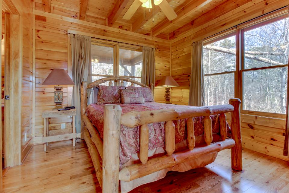 Dry Run Cabin - Sevierville Vacation Rental - Photo 15