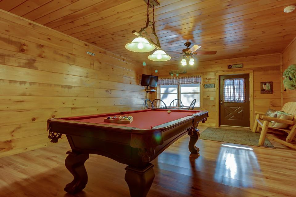 Two Bears  - Sevierville Vacation Rental - Photo 30