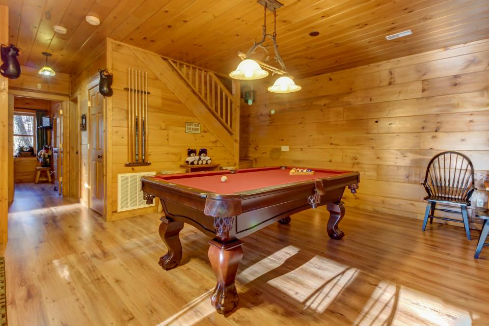Two Bears  - Sevierville Vacation Rental - Photo 29